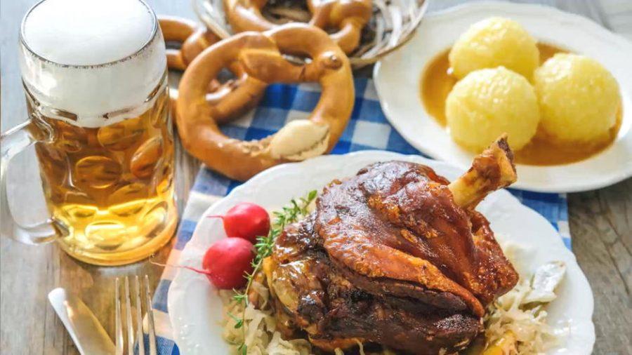Oktoberfest-Zeit im Zollhof
